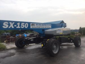 Quality Checks before taking Used Boom Lifts Kept for Sale
